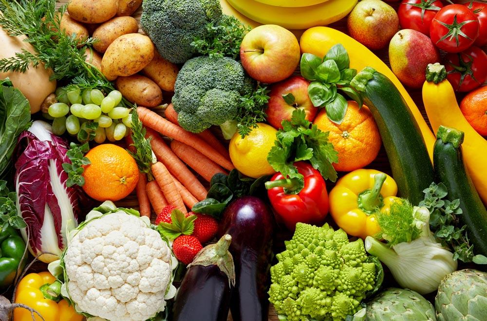 Obst-und Gemüse-Arrangement