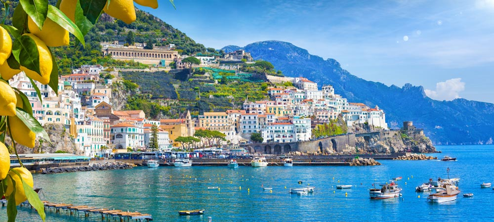 Landschaft Amalfi mit Zironen